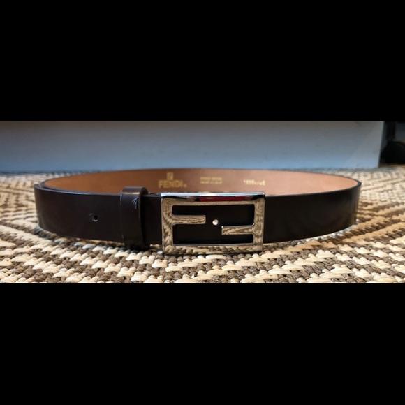 10e5e9f5a9 Fendi women's brown leather belt
